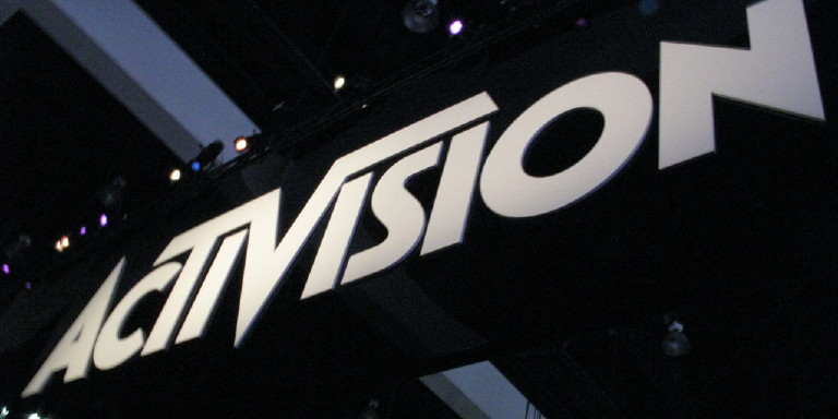 """Activision Blizzard CEO Bobby Kotick apologises for """"tone deaf"""" response to the company's sexual harassment lawsuit"""